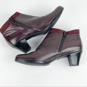 """Munro Burgundy """"hope""""  Leather ankle booties."""